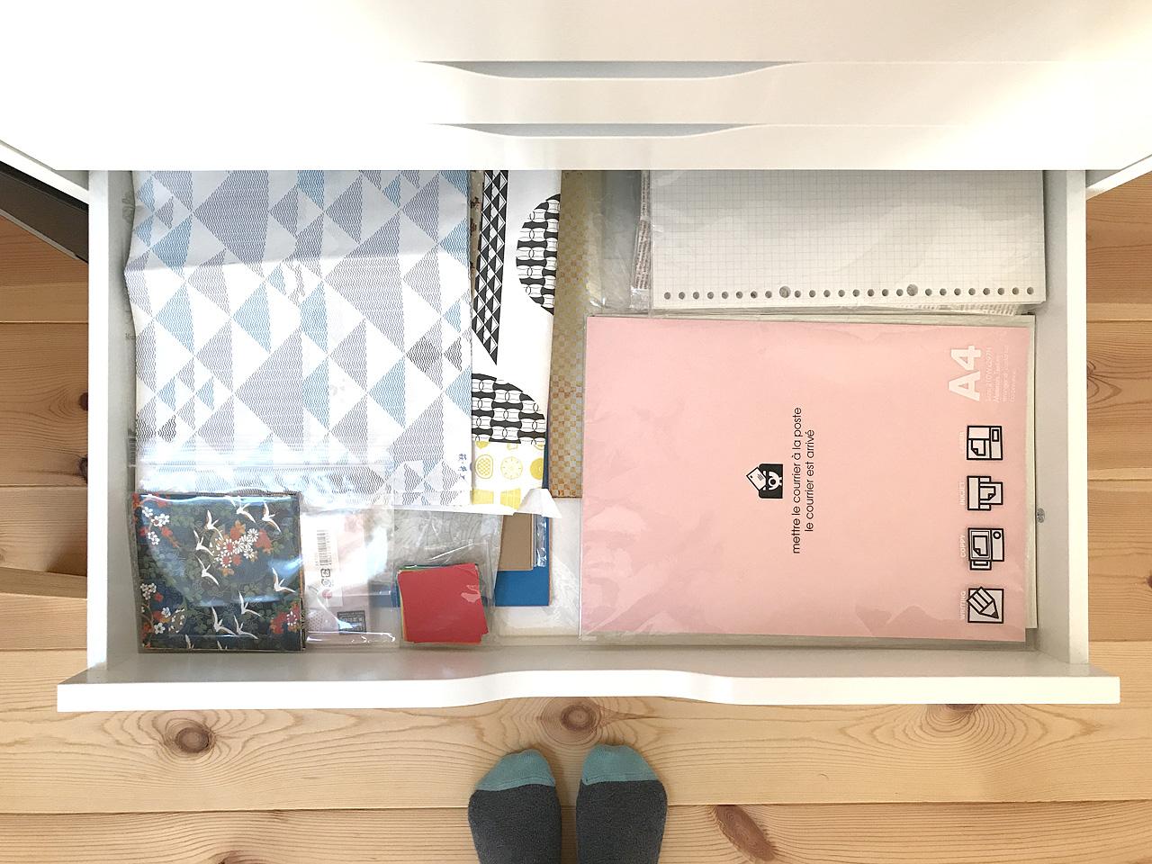 IKEAのALEX引き出しユニット