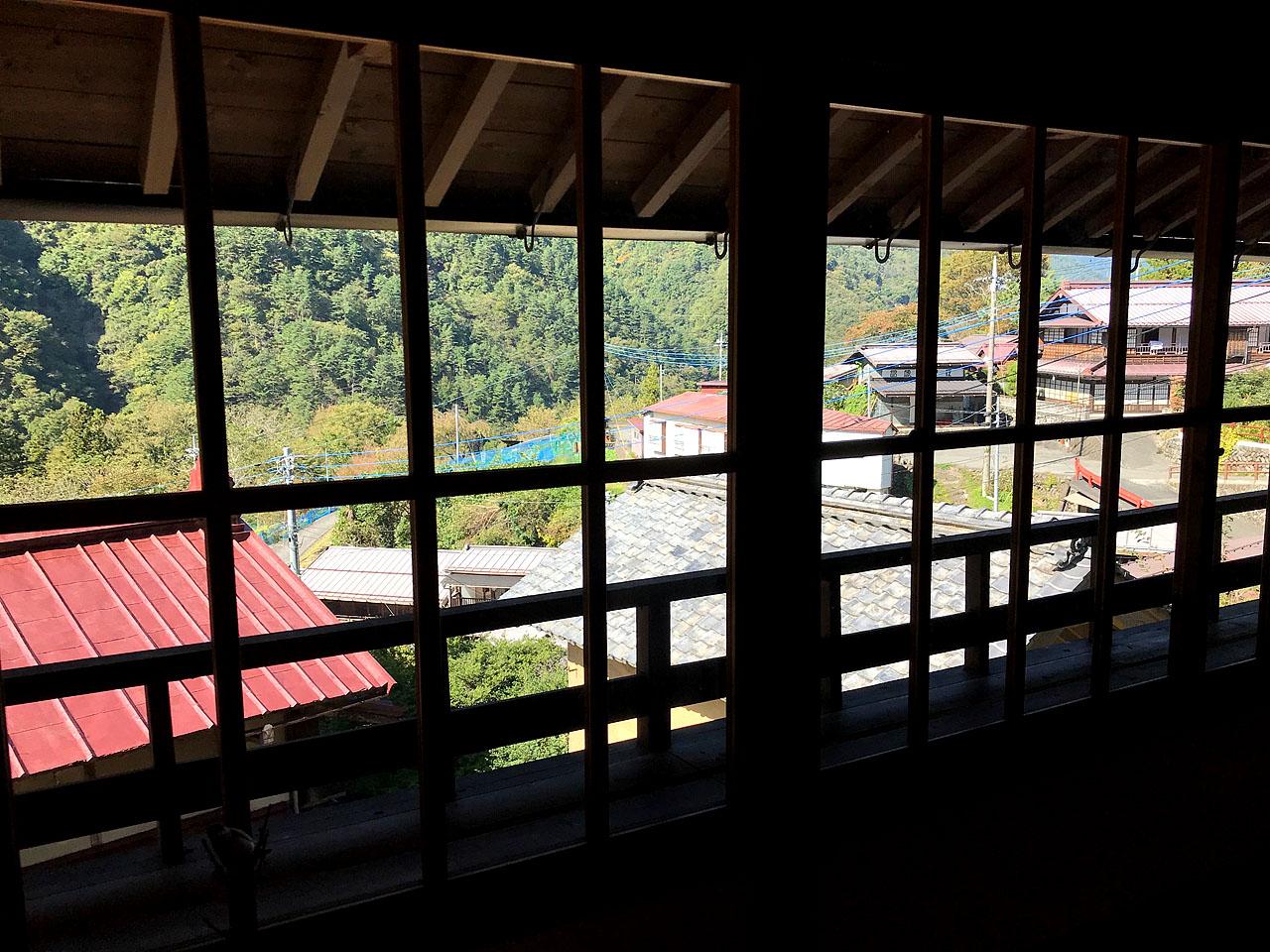 清水屋さんの二階から見える赤沢宿